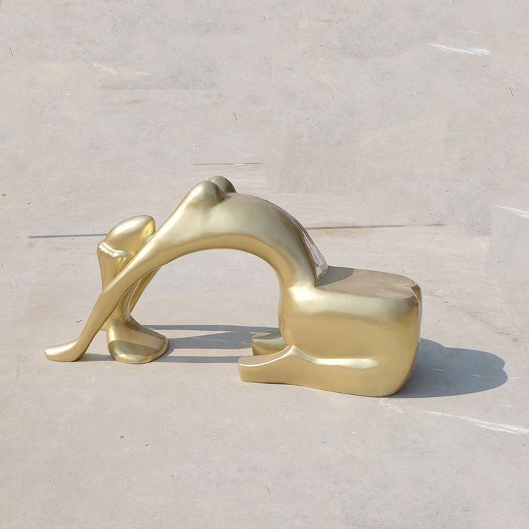 金色美女人体雕塑造型休闲椅玻璃钢厂家定做异形创意商场休闲椅