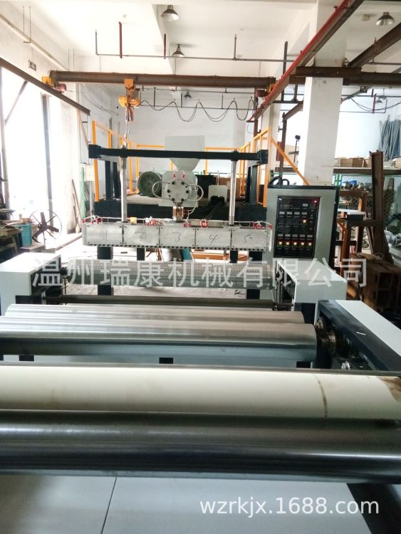 厂家直销优质聚乙烯气垫膜机组 气泡膜机 复合气泡膜机 机器实拍