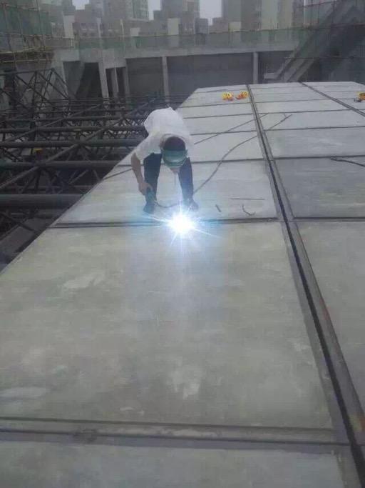 廠家直銷鋼骨架輕型板 鋼骨架輕型樓板 發泡水泥復合板泄爆板