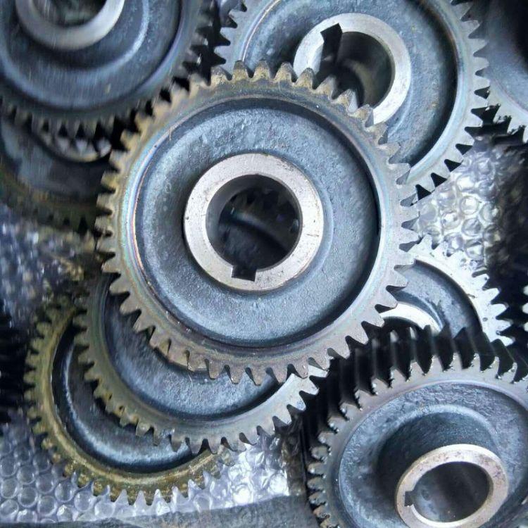 厂家供应齿轮箱齿轮 齿轮箱配件 非标齿轮 齿轮箱 齿轮 齿轮厂家