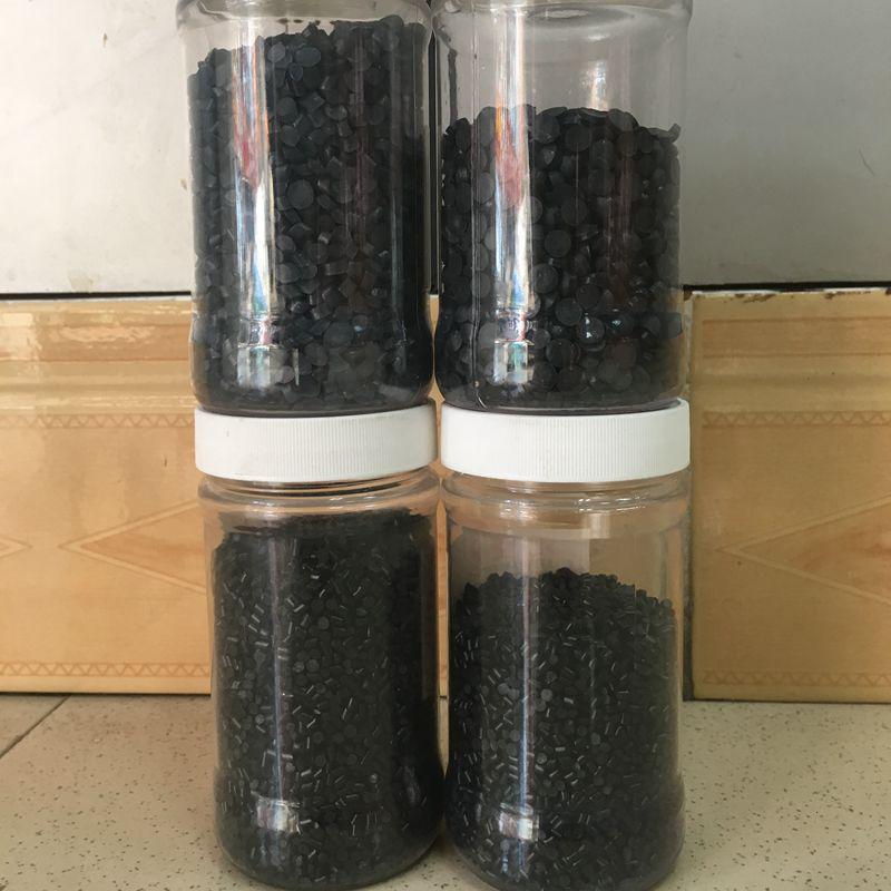 阻燃级PVC插头料 黑色45P胶料 高流动 高光泽 欧盟环保级PVC颗粒