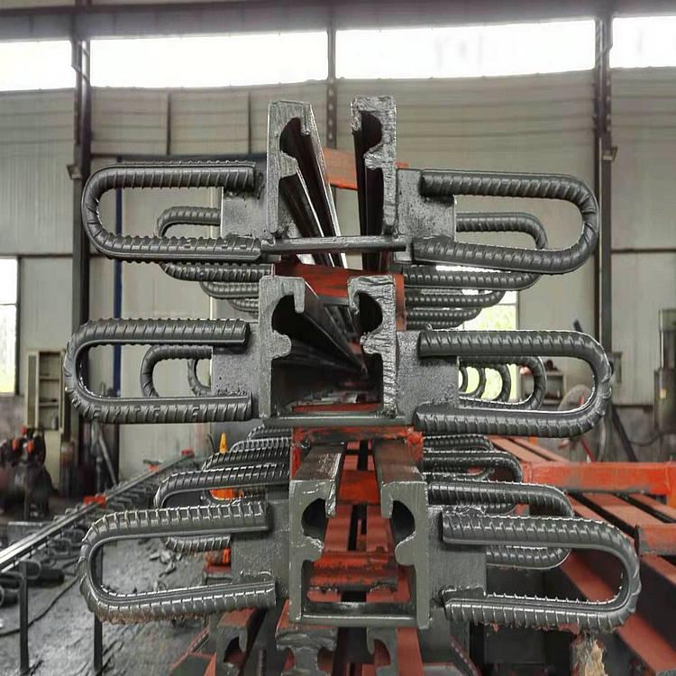 國亨橋梁伸縮縫生產廠家 山西橋梁D60 D80梳齒板式伸縮縫