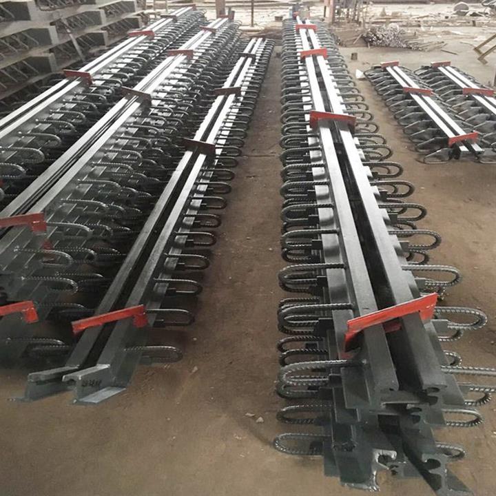 湘西公路橋梁對接式伸縮縫 高速公路橋梁D60型伸縮縫 木子來電咨詢