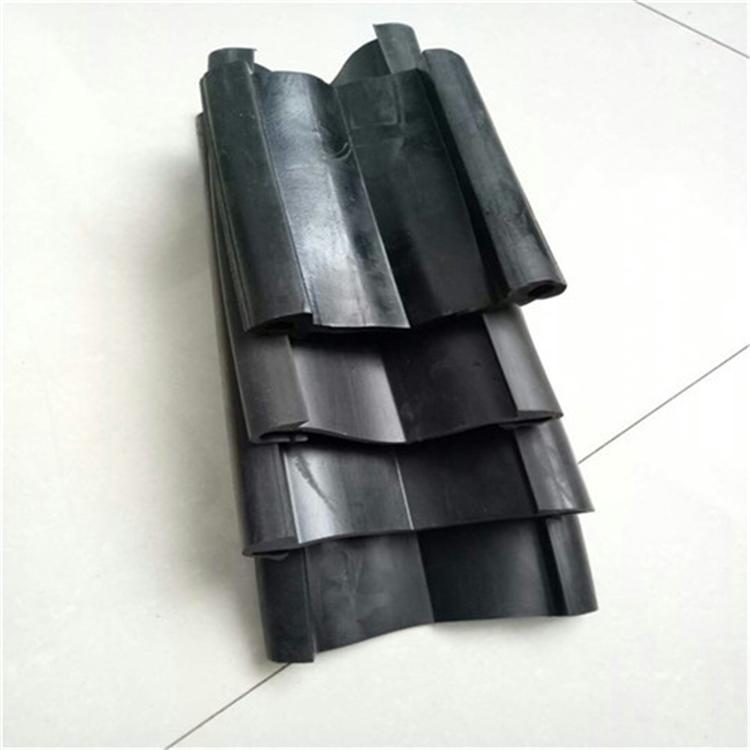 伸縮縫堵漏橡膠條更換 廈門伸縮縫膠條更換 拆除及更換伸縮縫膠條 中誠巨工