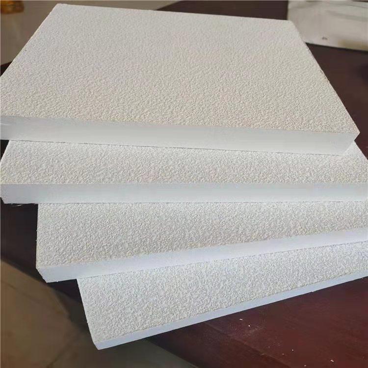 玻纖吸音天花板廠家 玻纖吸音天花板 歐洛風保溫阻燃吸聲材料