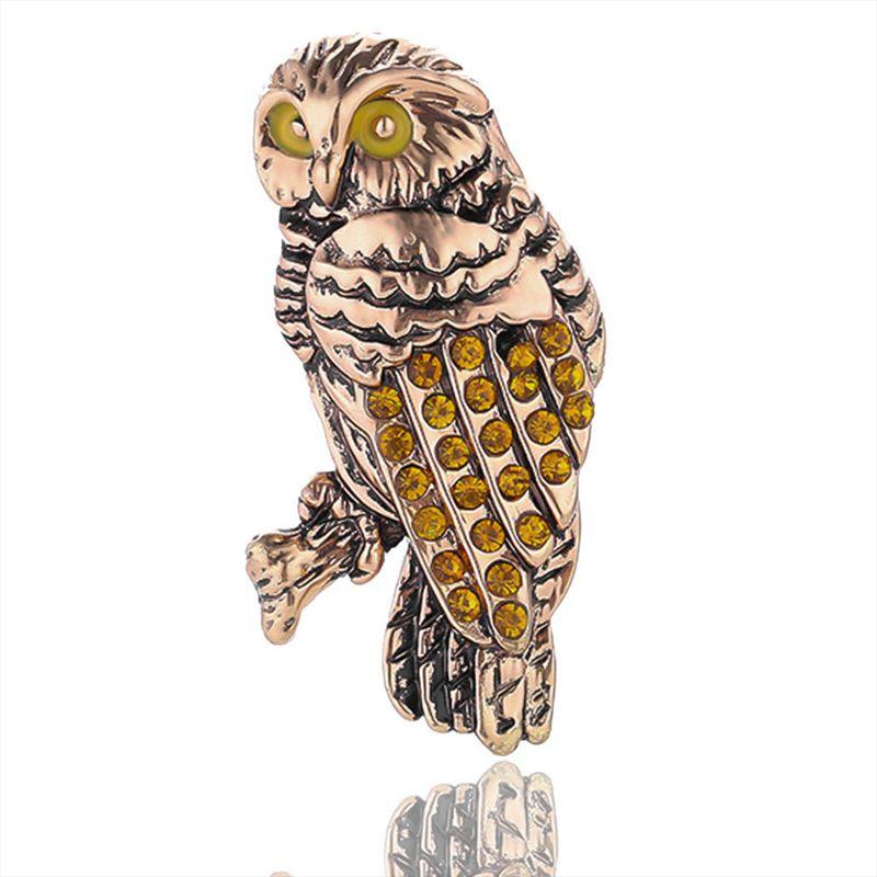 欧美猫头鹰合金胸针 复古男士别针 环保金色保色电镀潮流动物衣饰