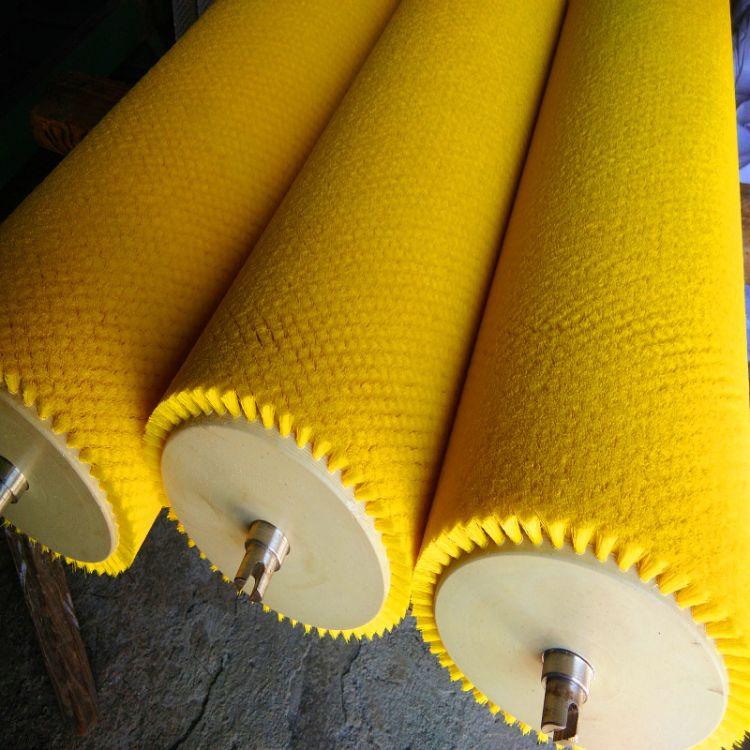 尼龙滚刷草莓清洗机毛刷辊波纹辊黄色波纹丝刷轴洗叶机