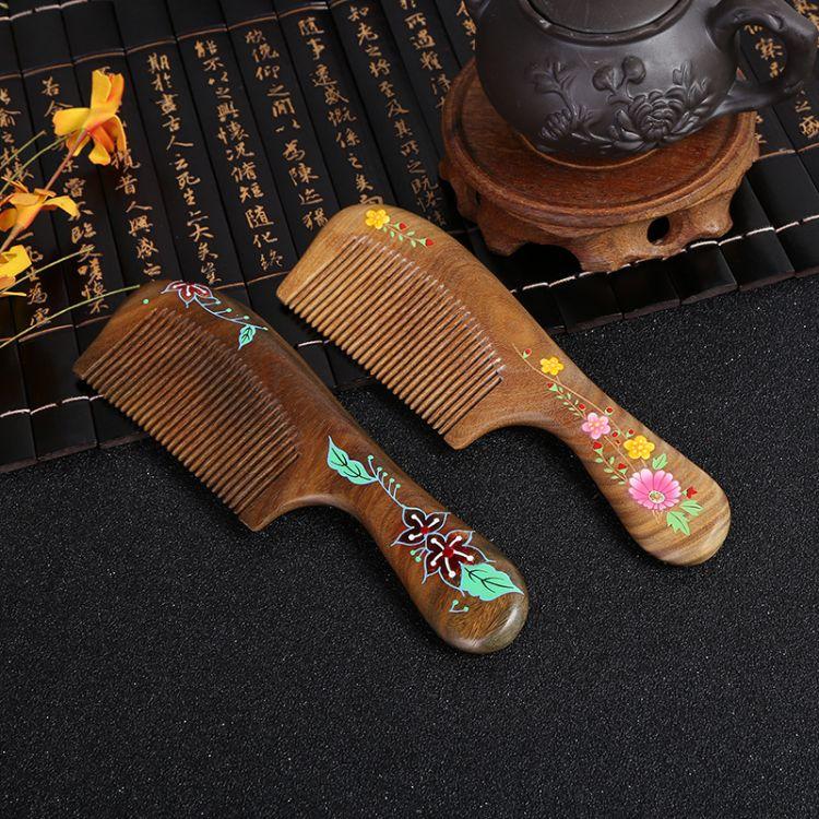 厂家生产檀木梳子批发 天然绿檀木漆艺梳古典木质工艺品一件代发