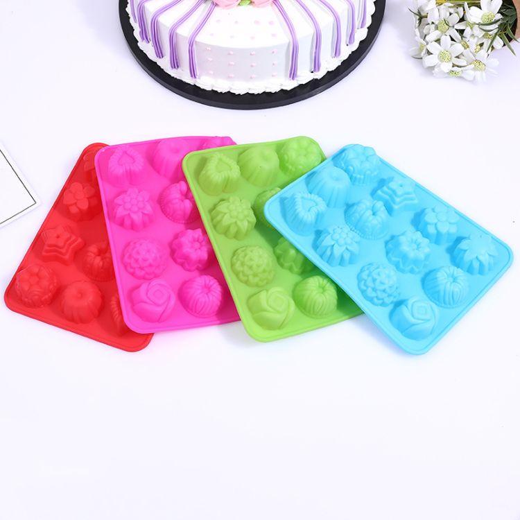 DIY硅胶蛋糕烘焙工具12连不同花草形硅胶月饼模 手工皂香薰模批发
