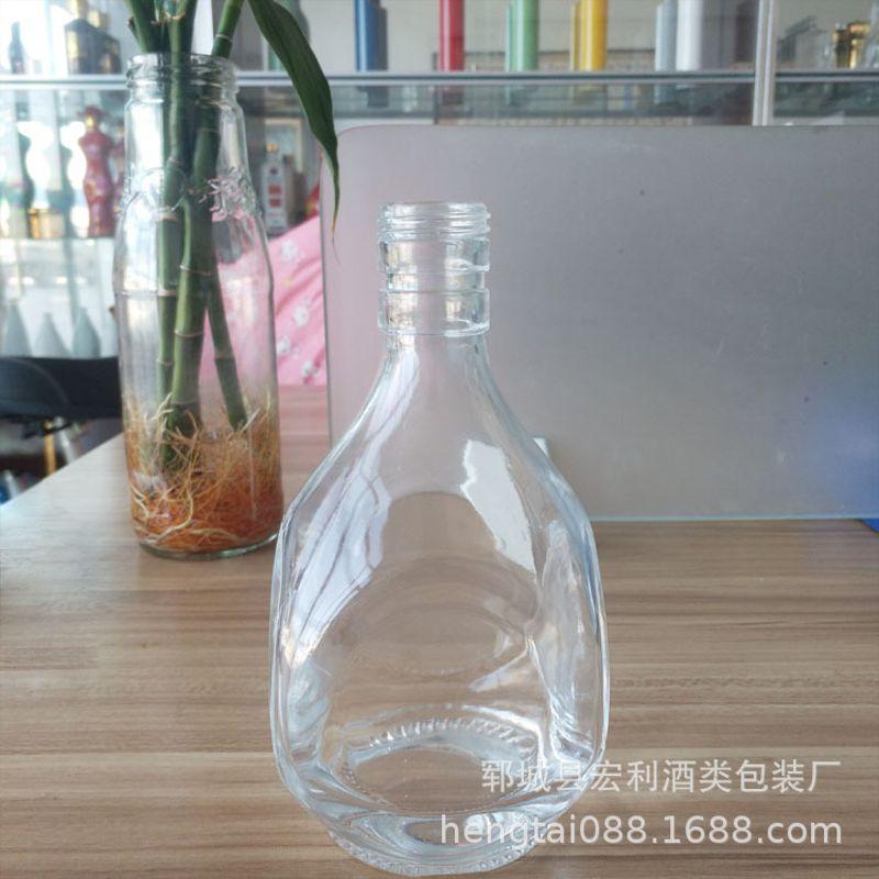 新款晶白料半斤装容量玻璃酒瓶250ml方形白酒瓶螺旋口密封空酒瓶