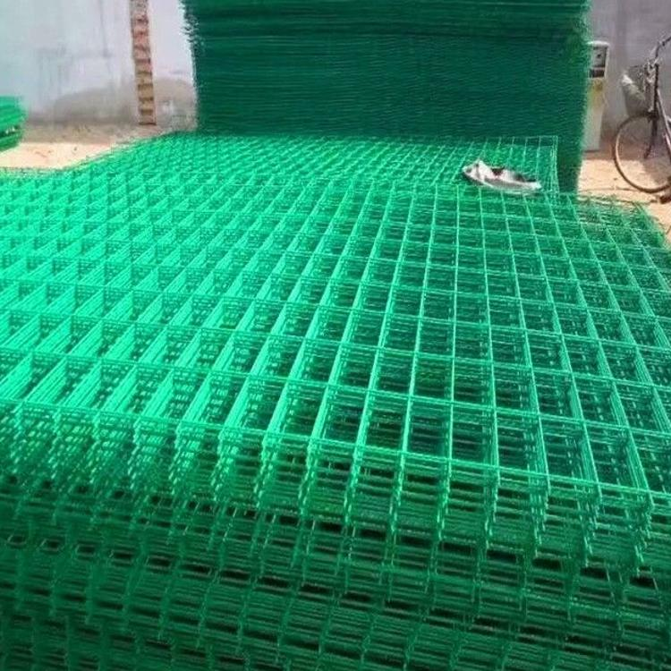 厂家家工定做 框架式护栏网 公路护栏网 铁丝护栏网现货