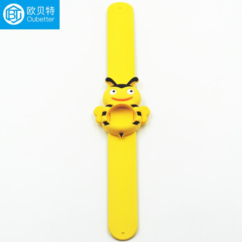 小蜜蜂款硅胶啪啪手环 电影动漫周边实用小礼品啪啪手环定制