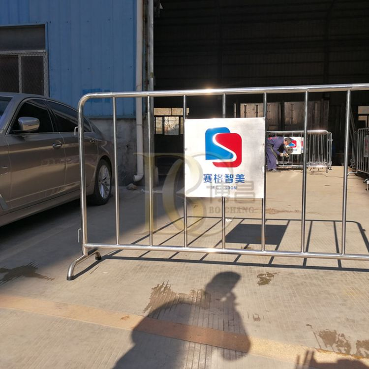 不锈钢铁马隔离栏厂家市政交通商场景区人车分流隔离护栏批发