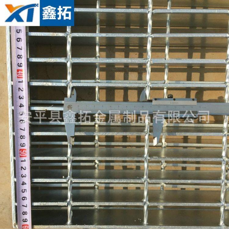 镀锌排水凹凸铁板 金属排水漏网价格 湖南怀化扁铁焊接板网厂家