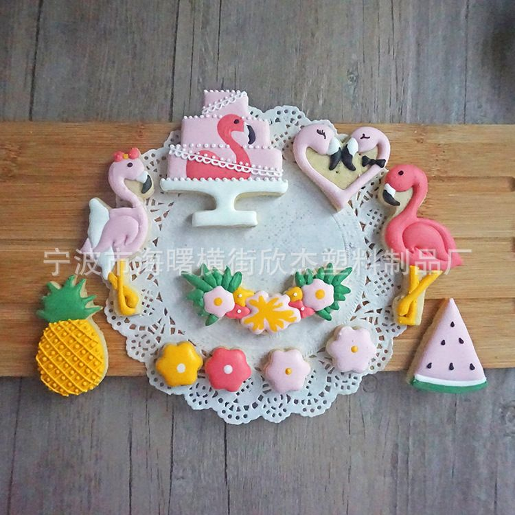 新款火烈鸟糖霜饼干塑料模具 卡通 生日婚礼翻糖切模 烘焙工具