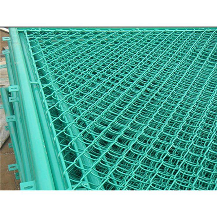 新型防护围栏网 公路护栏网 圈地防护栏 包塑铁丝网定制