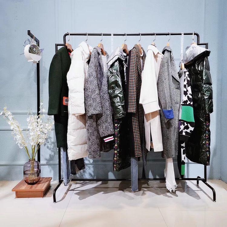 折扣女装品牌女装加盟 女装批发 服装尾货 品牌折扣店女装羽绒服