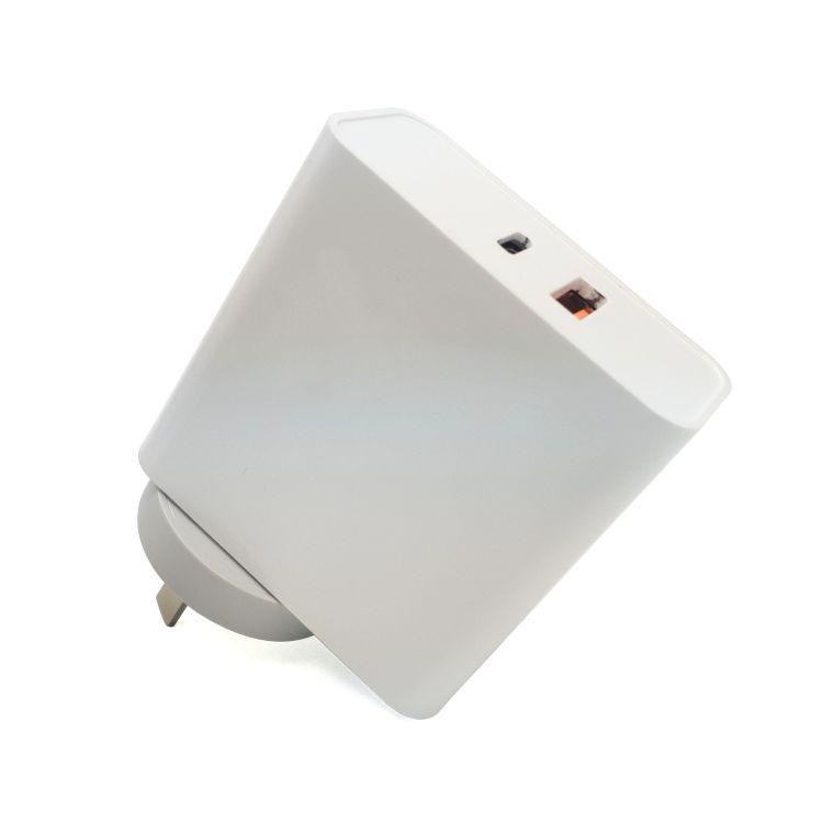 私模可换插脚英规 欧规  澳规 美规 PD协议快充充头type-c 充电器