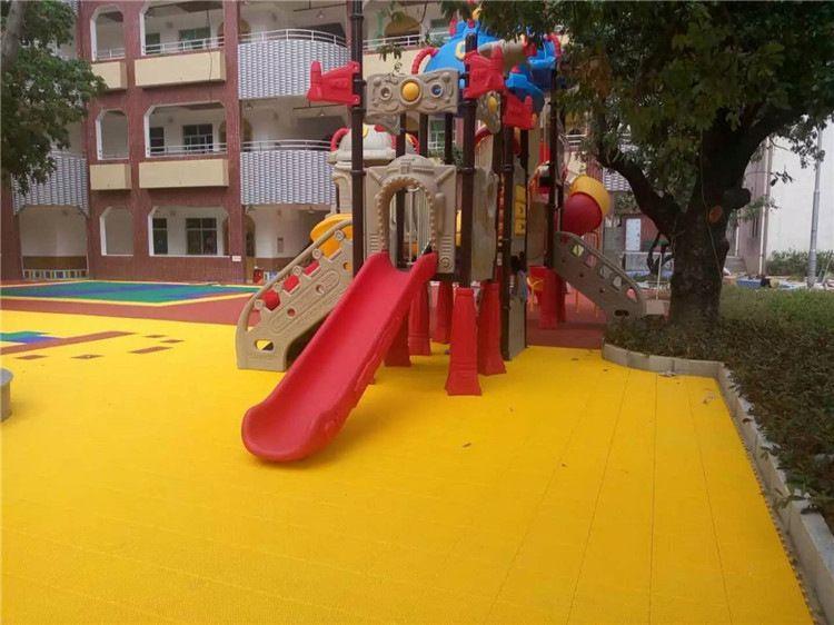 定制幼儿园地垫安全地垫幼儿园户外安全地垫幼儿园防滑地板厂家