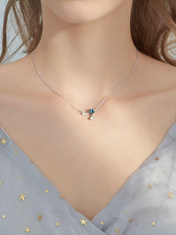 蓝色极光水晶星星切面镶钻五角星吊坠项链流星尾巴S925纯银锁骨链