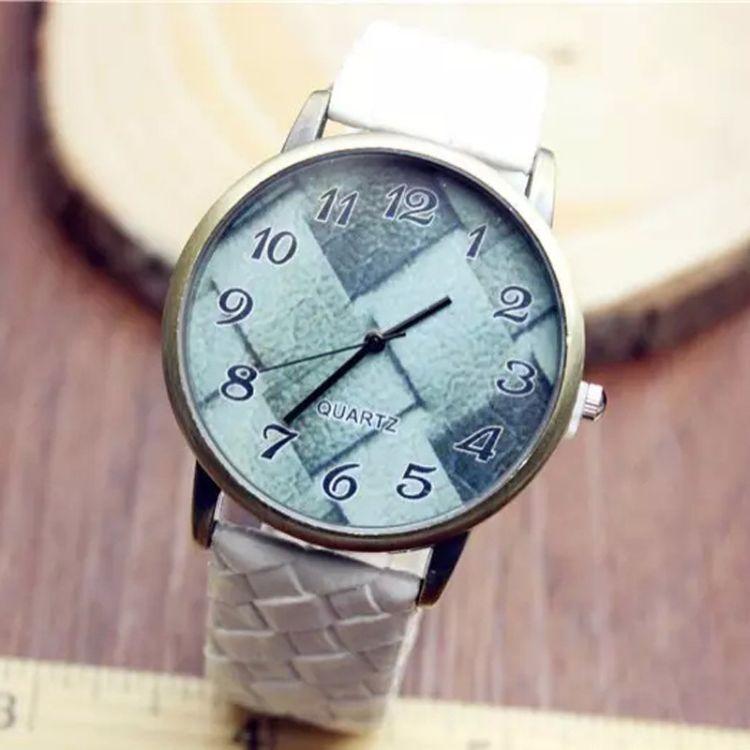2016速卖通爆款PU皮表女士潮流时装石英表条纹创意手表