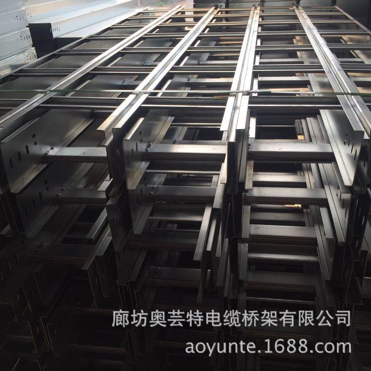 电缆桥架 低价供应防火桥架 500*100镀锌桥架