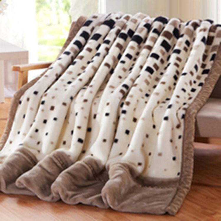 冬季拉舍尔毛毯 毛巾被毯子 不掉毛超柔加厚法莱绒毛毯礼品批发