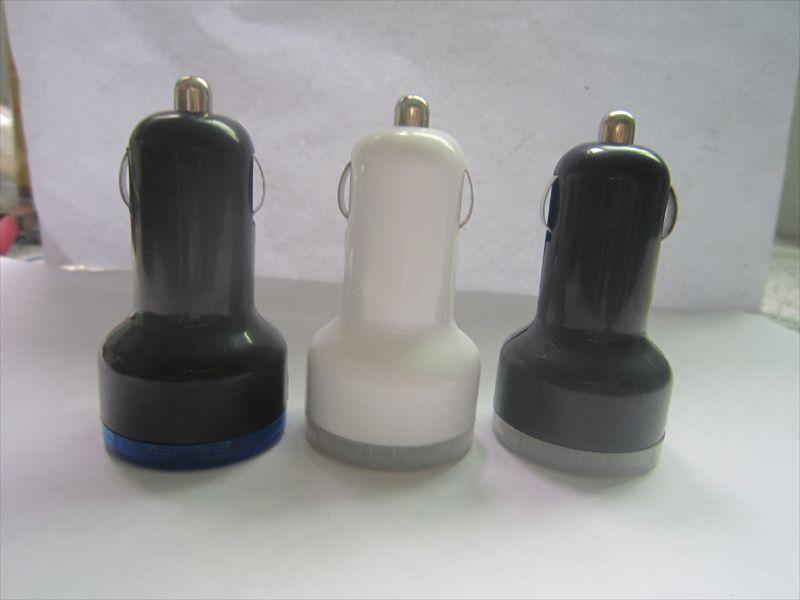 奶嘴车充 汽车充电器 双USB接口 平板电脑车载充电器厂家