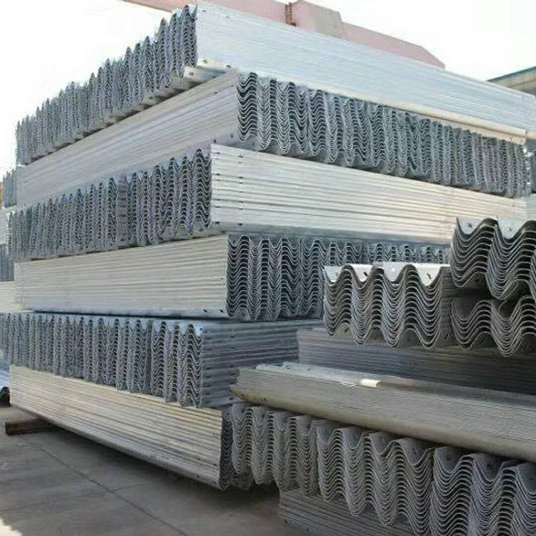 厂家直销高速公路波形护栏板 防撞护栏板 二波三波护栏板绿色6029