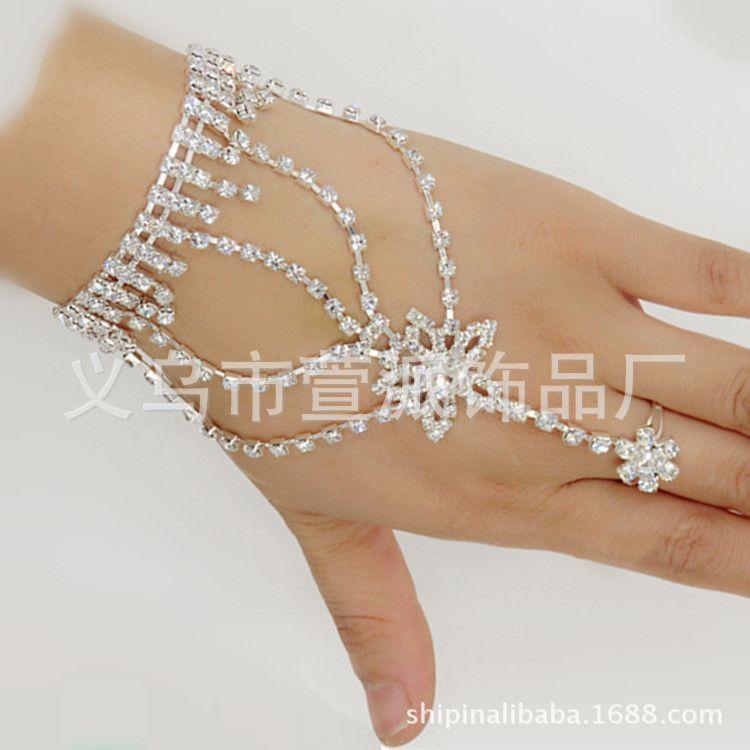 热卖韩版结婚饰品时尚手链批发水钻大气新娘手背链新娘首饰批发