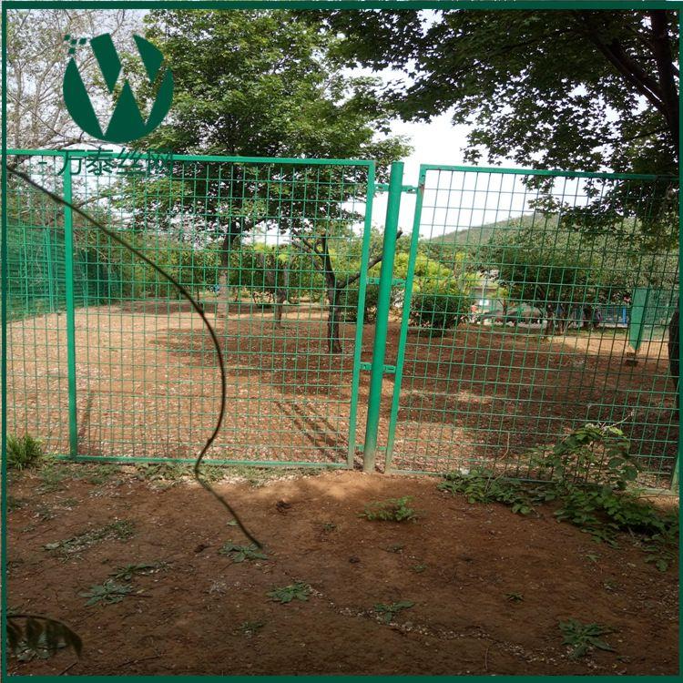 包塑电碰网家禽圈养饲养荷兰围网  散养鸡围栏网波浪型养殖网