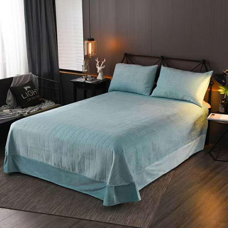 厂家直销 水晶绒加棉绗缝床盖3件套