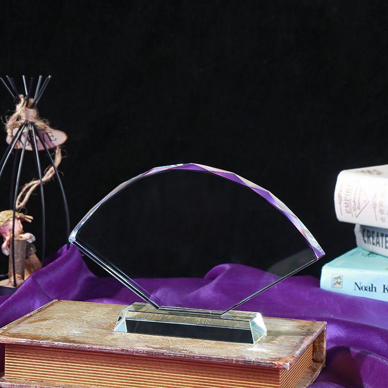 厂家批发透明扇形水晶照片白胚 纪念奖杯奖牌 水晶影像耗材定制