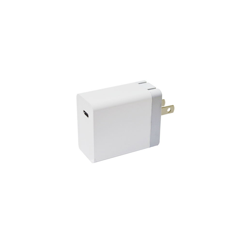PD协议Type-c充电器 pd输出18W电源适配器18w兼容QC3.0手机充电器