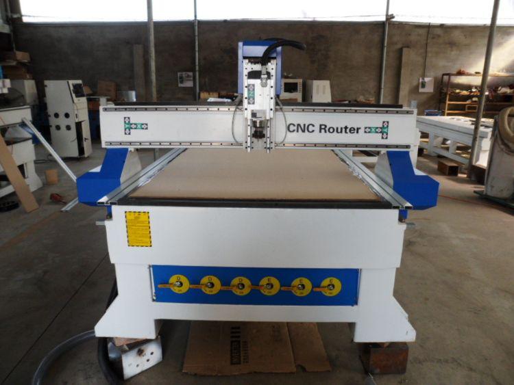 数控CNC雕刻机 广告1325雕刻机 双驱齿条雕刻机