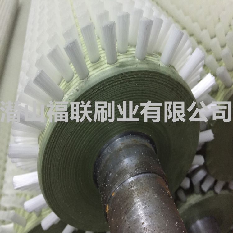 厂家定做清洗机毛刷辊 优质尼龙丝毛刷辊 土豆去皮机械辊刷