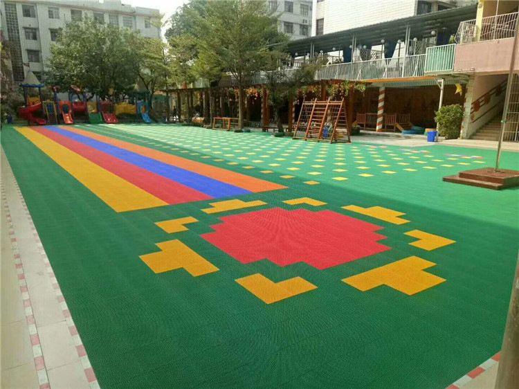 供应悬浮地垫防滑安全地垫户外儿童防滑安全地垫