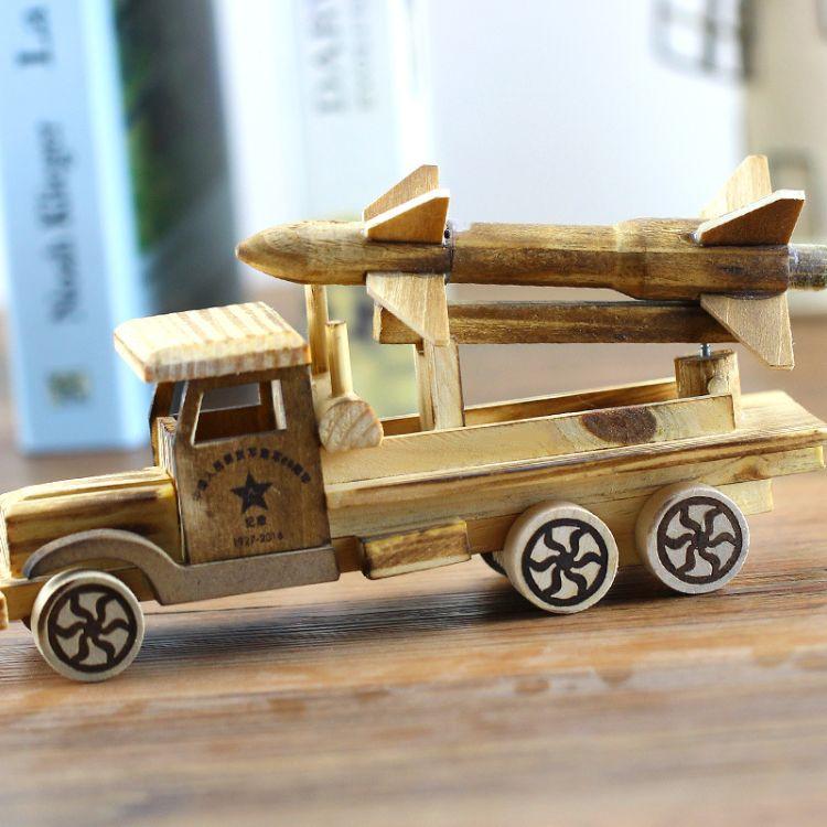 直销热卖 木质工艺品 木制火箭车 汽车模型 玩具车模型 纯手工