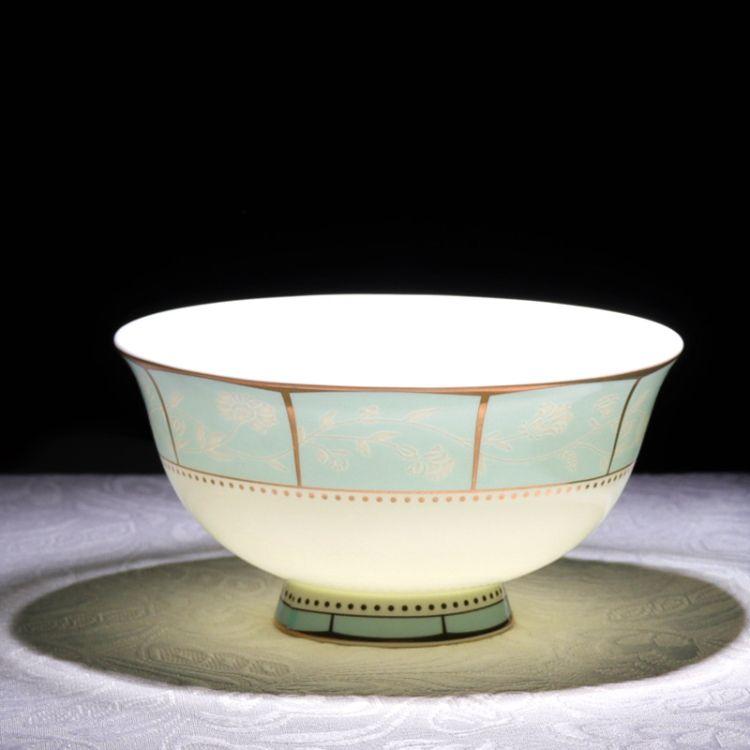 批发景德镇陶瓷餐具盘碗碟套装56头骨瓷防烫中式高脚碗套装小时代