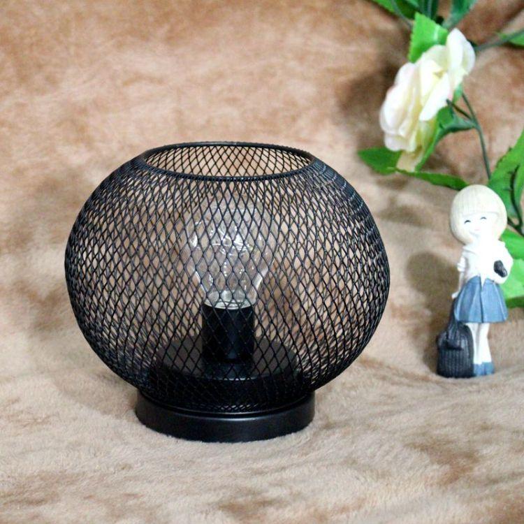 卧室灯创意时尚台灯简约现代装饰台灯小夜灯丝网铁艺工艺品LED灯