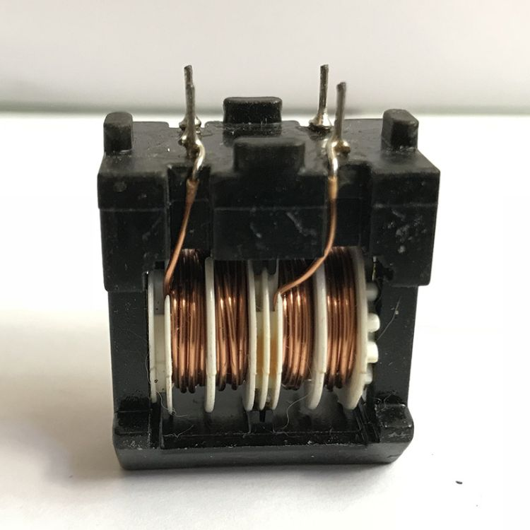 供应胶木线圈UT20ET20242835共模滤波电感 高频电感 插件电感