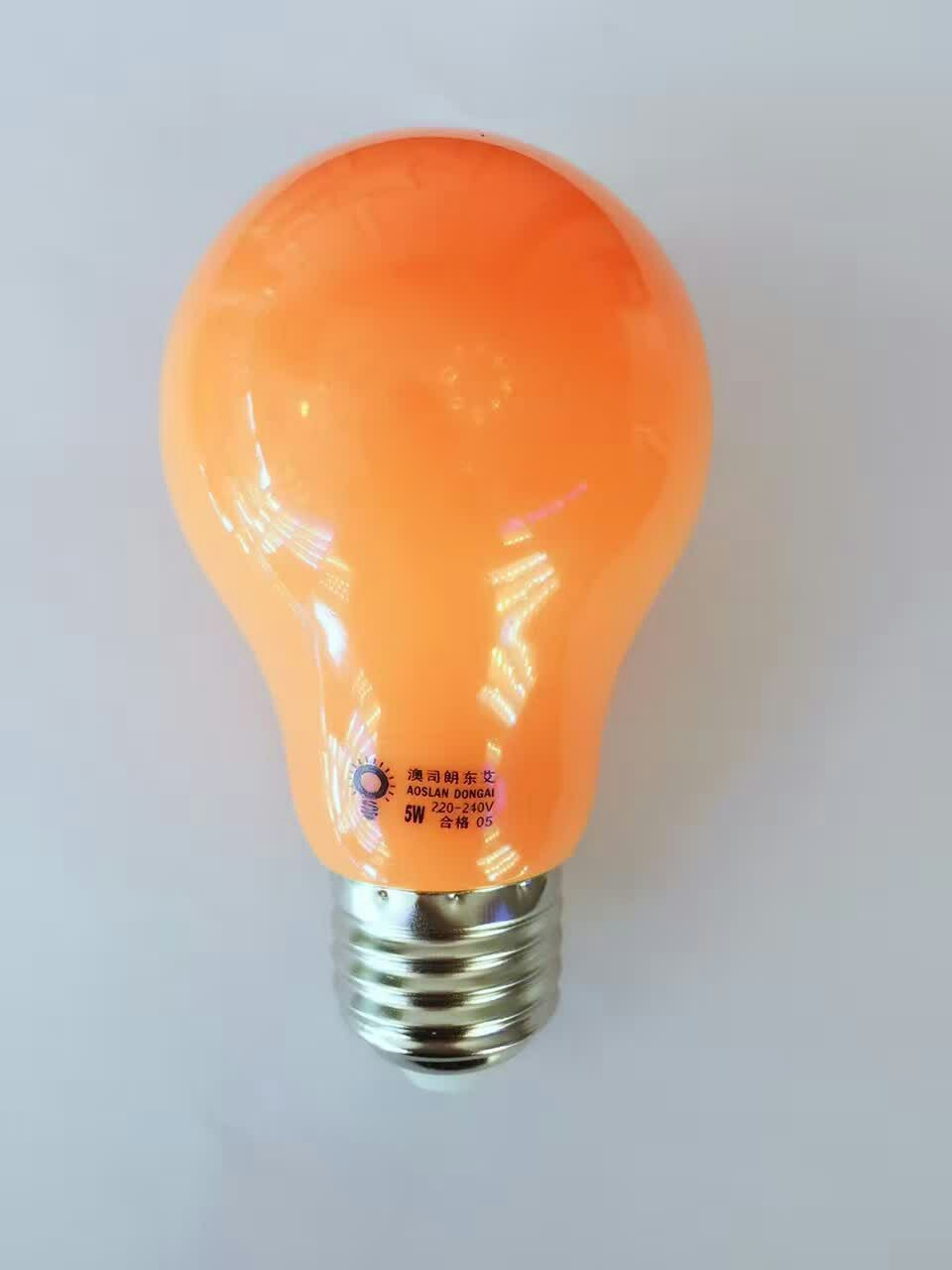 A60 led灯泡 红色球泡 各种颜色led蜡烛灯泡