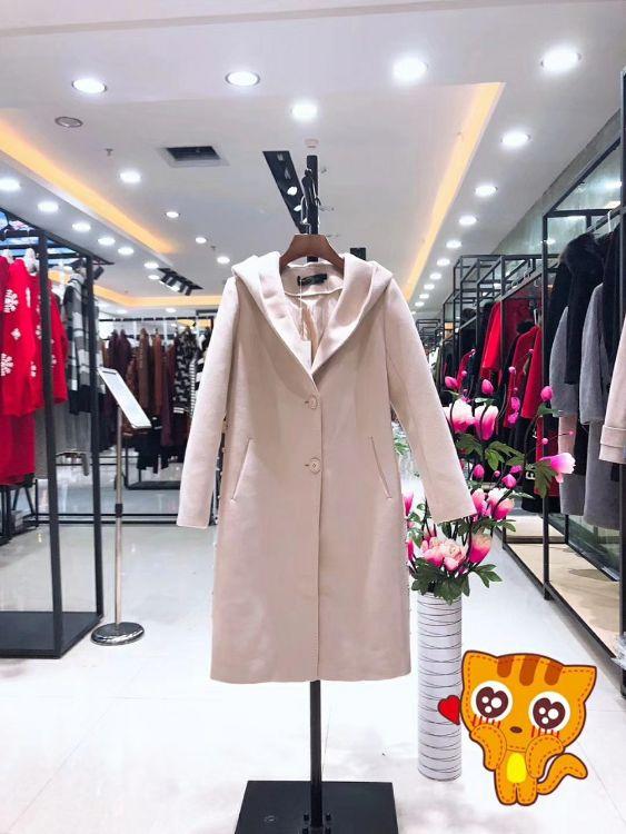 樊缇卡大衣风衣品牌折扣女装特价批发