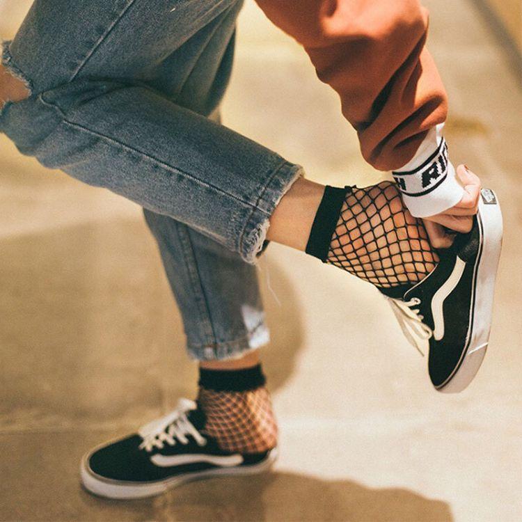 2018韩国性感渔网袜短款批发 镂空网状同款中筒网格短丝袜女士