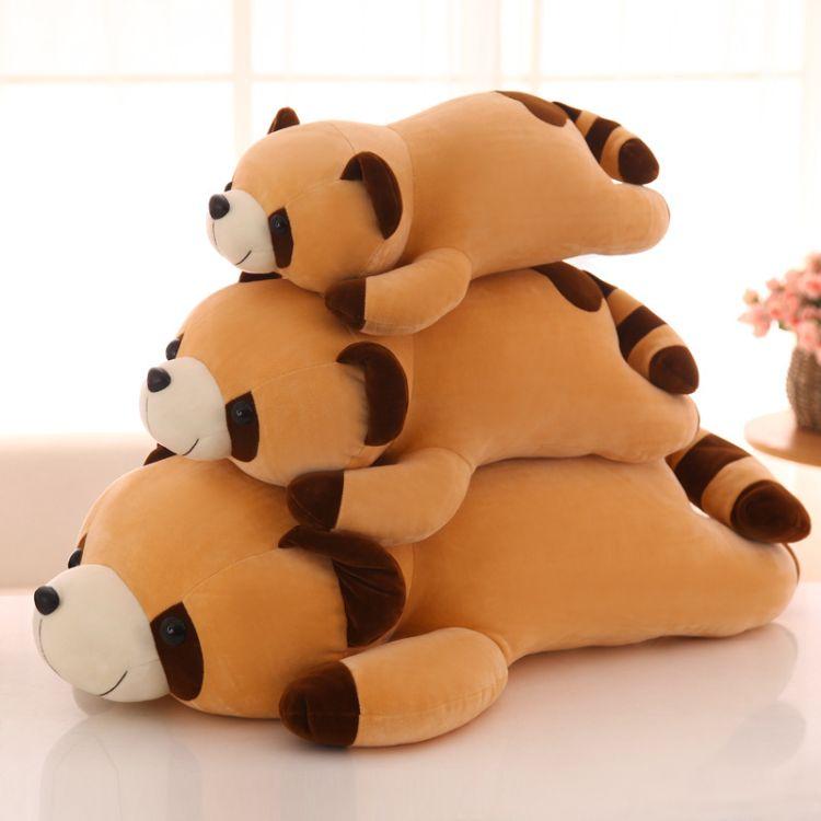 厂家直销软体羽绒棉抱枕浣熊公仔毛绒玩具及软面四面弹棕熊睡枕