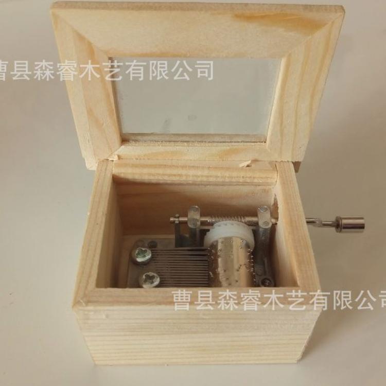 新款手摇木制音乐盒 翻盖玻璃音乐盒 木质音乐盒 工艺礼品摆件