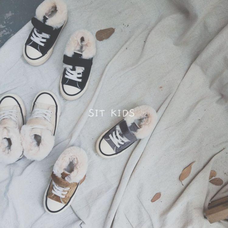 2018新款INS爆款儿童毛毛板鞋