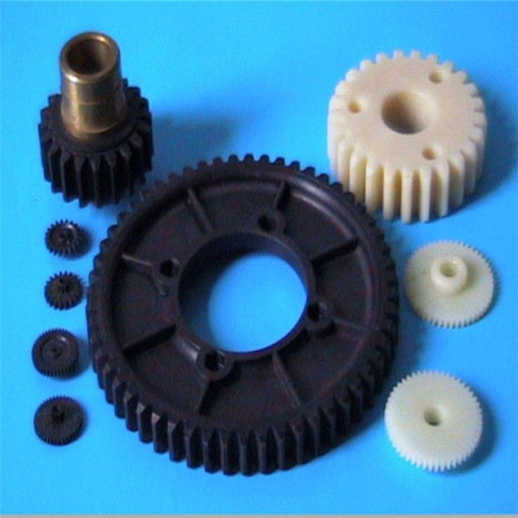 定做加工MC含油尼龙塑料齿轮耐磨尼龙传动件 塑料传动齿轮