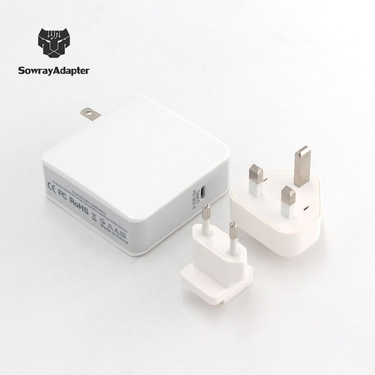 新款type-c快充充电器 QC3.0pd协议数码充电头白色英规美规欧规UL