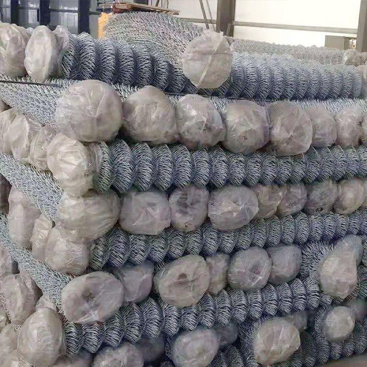 厂家直销勾花网包塑涂塑铁丝网勾花网防护养殖勾花网大量现货